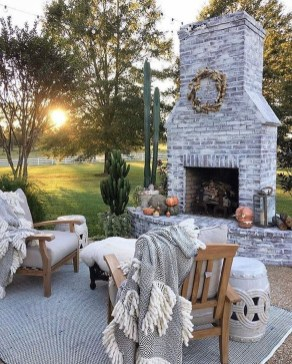 Awesome Backyard Seating Ideas For Best Inspiration 08