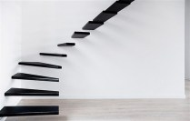 Exceptional-floating-staircase-design-in-black