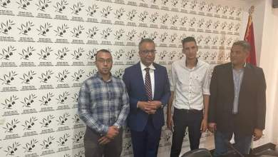 صورة الأمين العام لجبهة القوى الديمقراطية في لقاء تنظيمي مع وفد الفرع الاقليمي للحزب بأزيلال