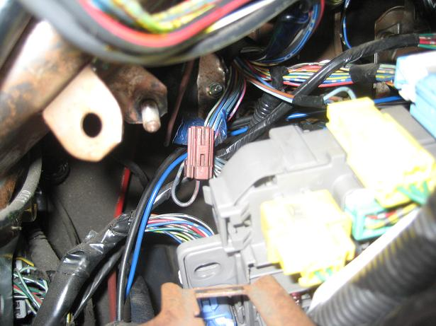 Ek Fog Light Connector Taped To Rear Of Fuse Box
