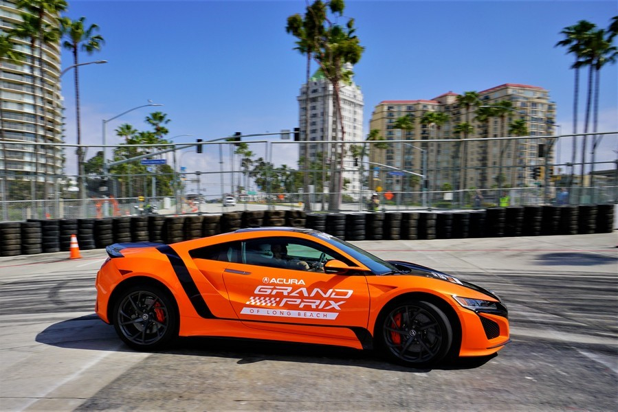 Acura NSX Establishes Production Car Record at Iconic Long Beach