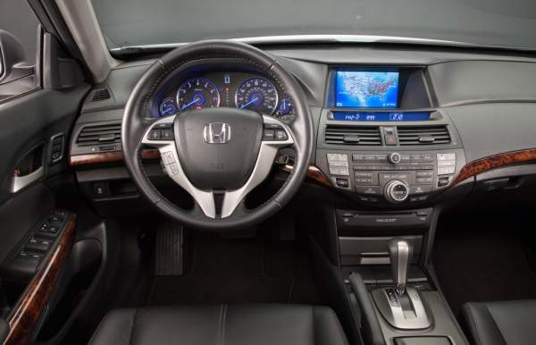 2020-Honda-Crosstour-Interior