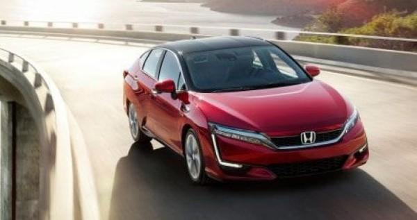 2020-Honda-Clarity-Fuel-Cell-Engine