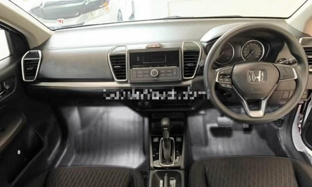 2021 Honda City interior