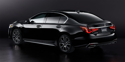 2021 Honda Legend rear