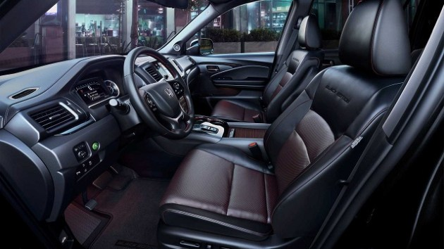 2022 Honda Black Edition Interior