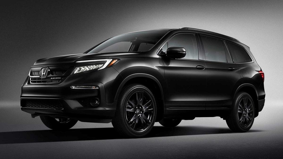 2022 Honda Black Edition front