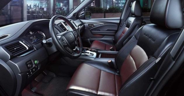 2022 Honda Ridgeline Black Edition interior