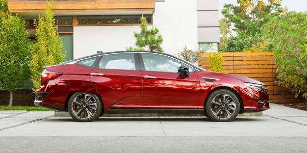 2023 Honda Clarity Plug-in Hybrid side