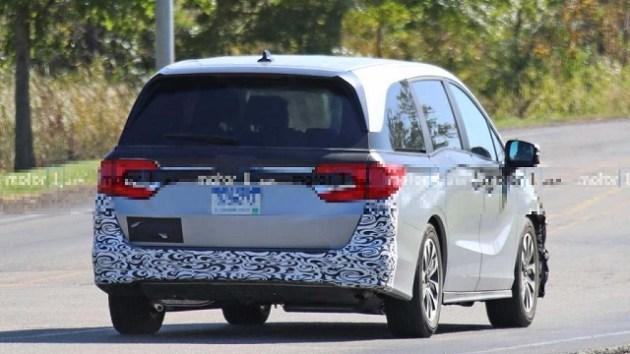 2023 Honda Odyssey Hybrid rear