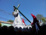 The religious procession that takes the same pathway as the alfombras.
