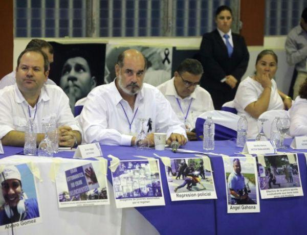 Gobierno y oposición acuerdan una tregua de fin de semana en Nicaragua
