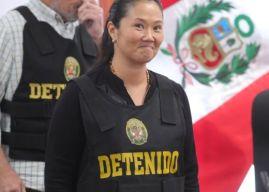 """Keiko Fujimori: qué es el """"pitufeo"""", la modalidad de lavado de activos por la que investigan a la excandidata presidencial en Perú y a su partido"""