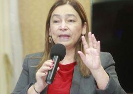 """Despidos en Coalianza """"deberían ser más"""", dice ministra de Finanzas"""