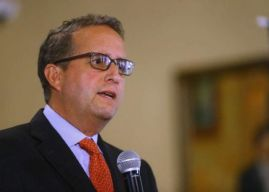 Ricardo Álvarez pide adelantar elecciones internas y aprobar balotaje