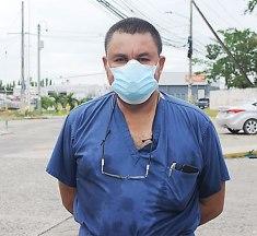 Doctor Carlos Umaña corre por una diputación con el Partido Salvador de Honduras