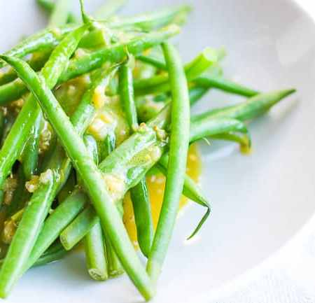 Tangy Garlic Dijon Vinaigrette with French Green Beans – Cooking Video Episode #6