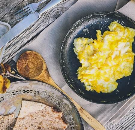 Honestly Simple: How to Make Perfect Scrambled Eggs