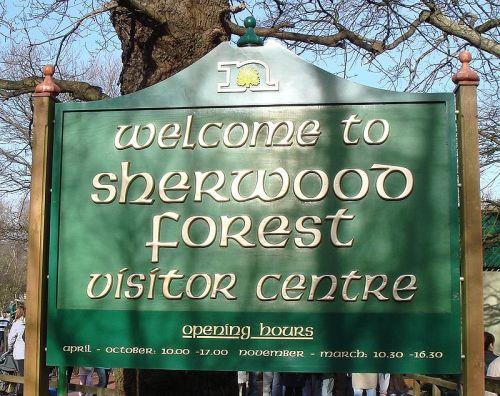 800px-Sherwood_Forest_visitor_centre_sign