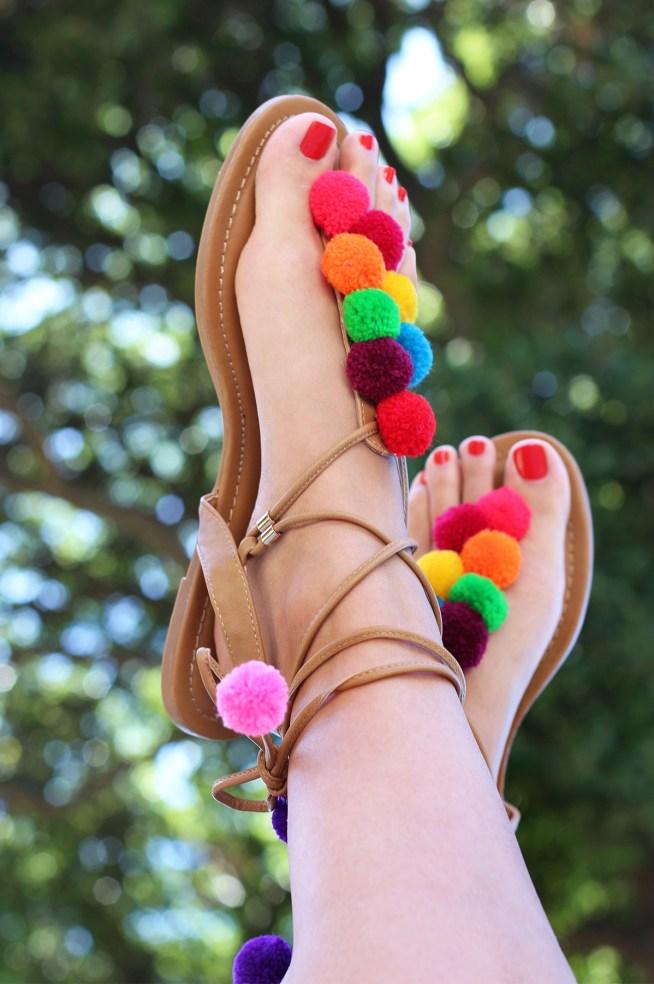Pom pom crafts, pom pom shoes