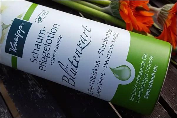 Kneipp Schaum-Pflegelotion Blütenzart und Wachgeküsst (5)