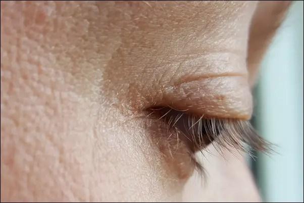 Nachher mit Medipharma Cosmetics Wimpernbooster