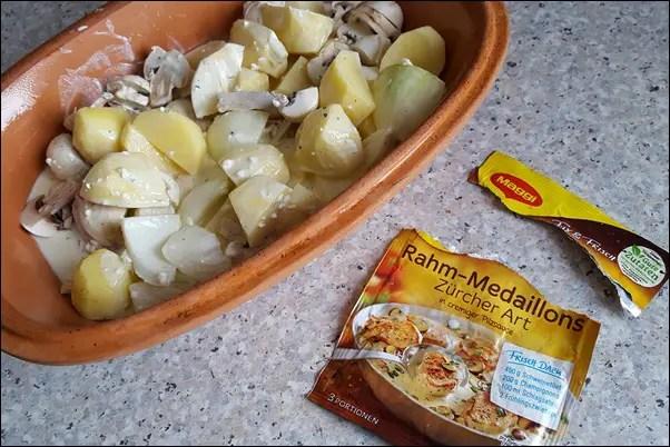 Rahm-Medaillons mit Kartoffeln und Pilzen im Römertopf
