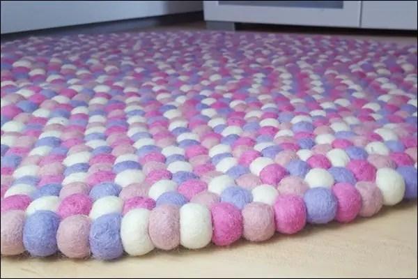 filzkugel teppich selber machen finest mein neuer ist eingezogen with filzkugel teppich selber. Black Bedroom Furniture Sets. Home Design Ideas