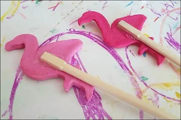 Blumendeko aus Salzteig - Flamingo