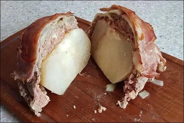 Kohlrabibombe mit Hackfleisch, Zwiebeln und Bacon