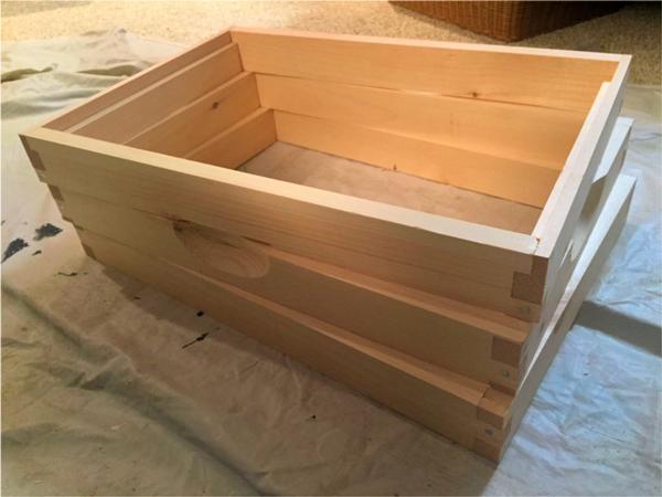 Photo of slicing a brood box into three ekes.