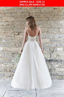 So Sassi Alanis wedding gown sample sale
