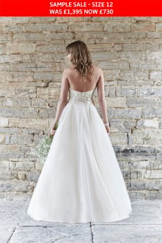 So Sassi Alanis wedding gown sample sale