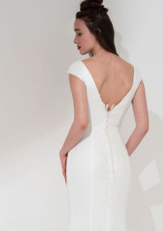 Freda Bennet Cleo bridal gown