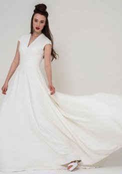Freda Bennet Stella bridal gown