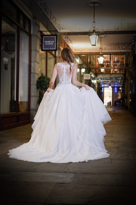 Catherine-Parry-Isabella-bridal-gown