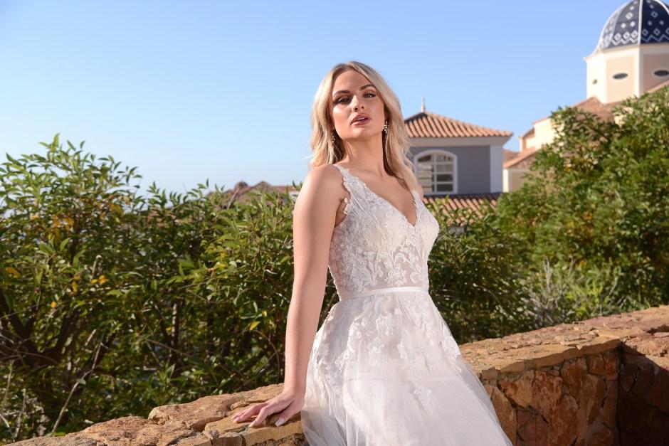GAIA Zara bridal gown