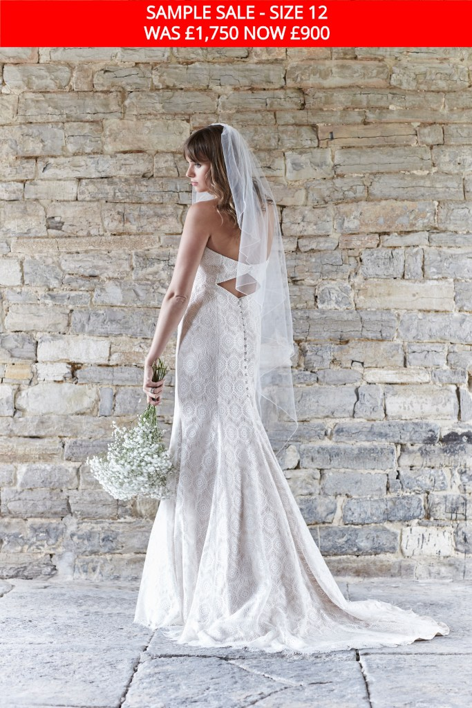 So-Sassi-Nadine-wedding-gown-sample-sale