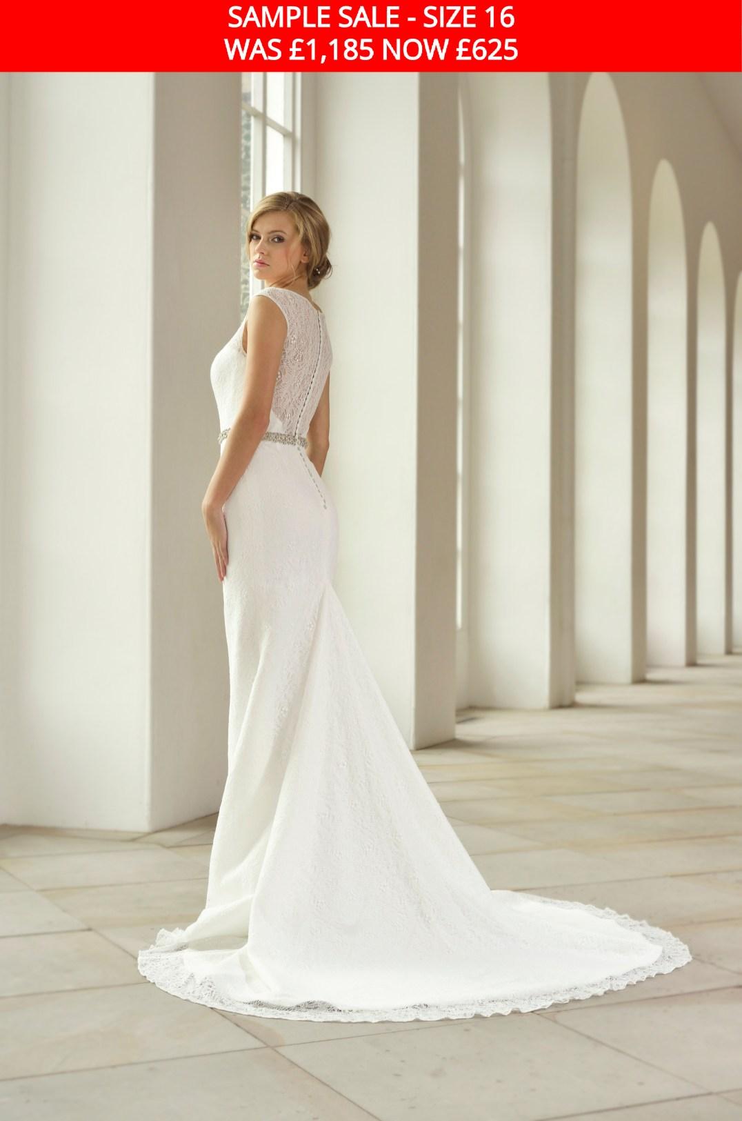 GAIA 1712 bridal gown sample sale