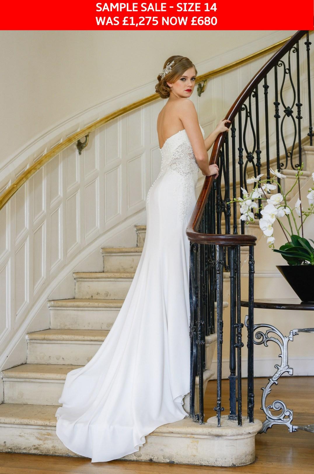 GAIA Nia wedding dress sample sale