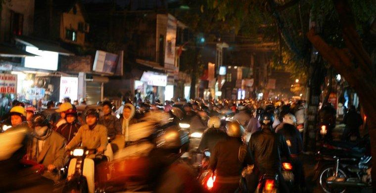 peak hour hanoi traffic