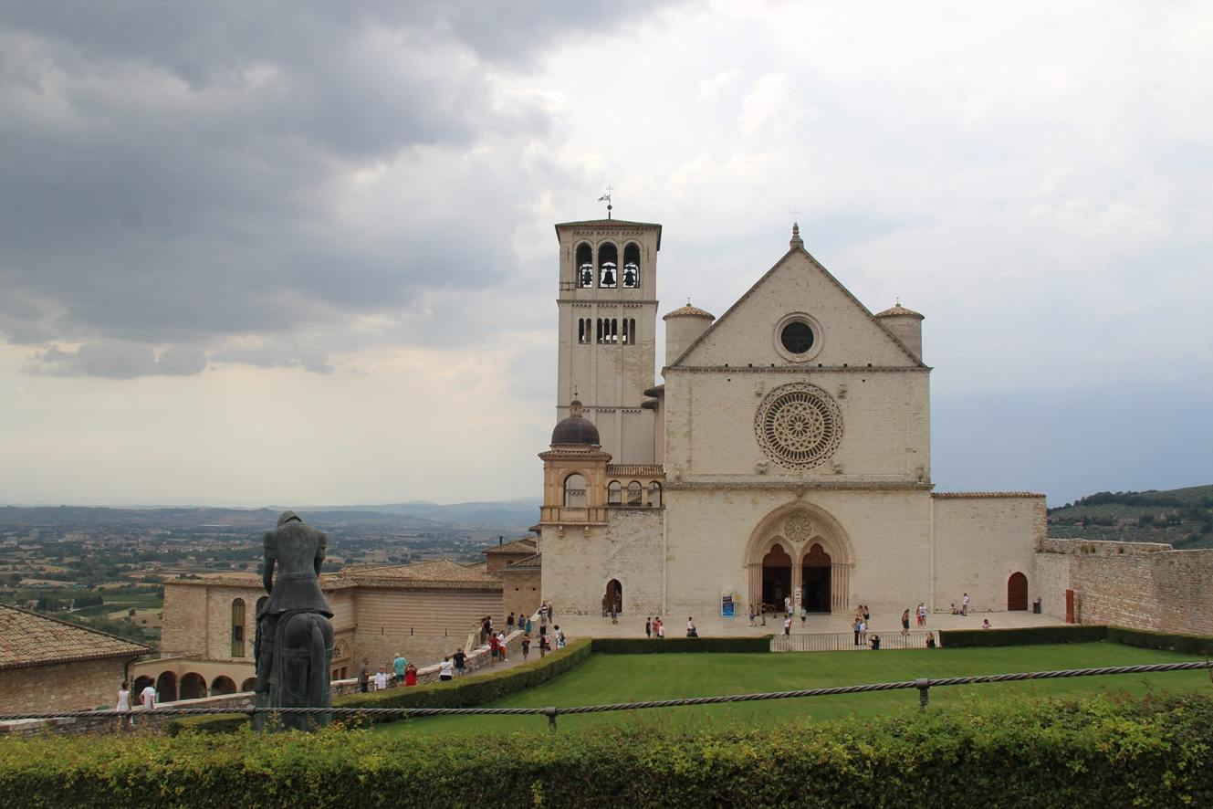 Basilica and statue Saint Francis Assisi