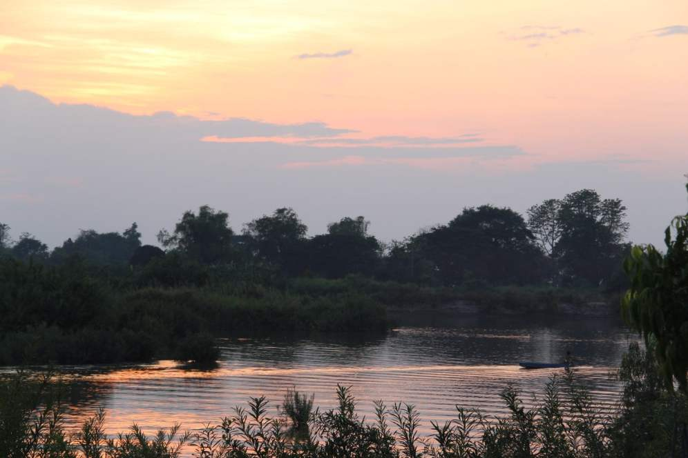 Sunset on the river in Don Det