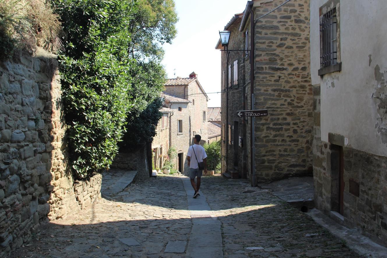 Florian walking through the streets of Perugia