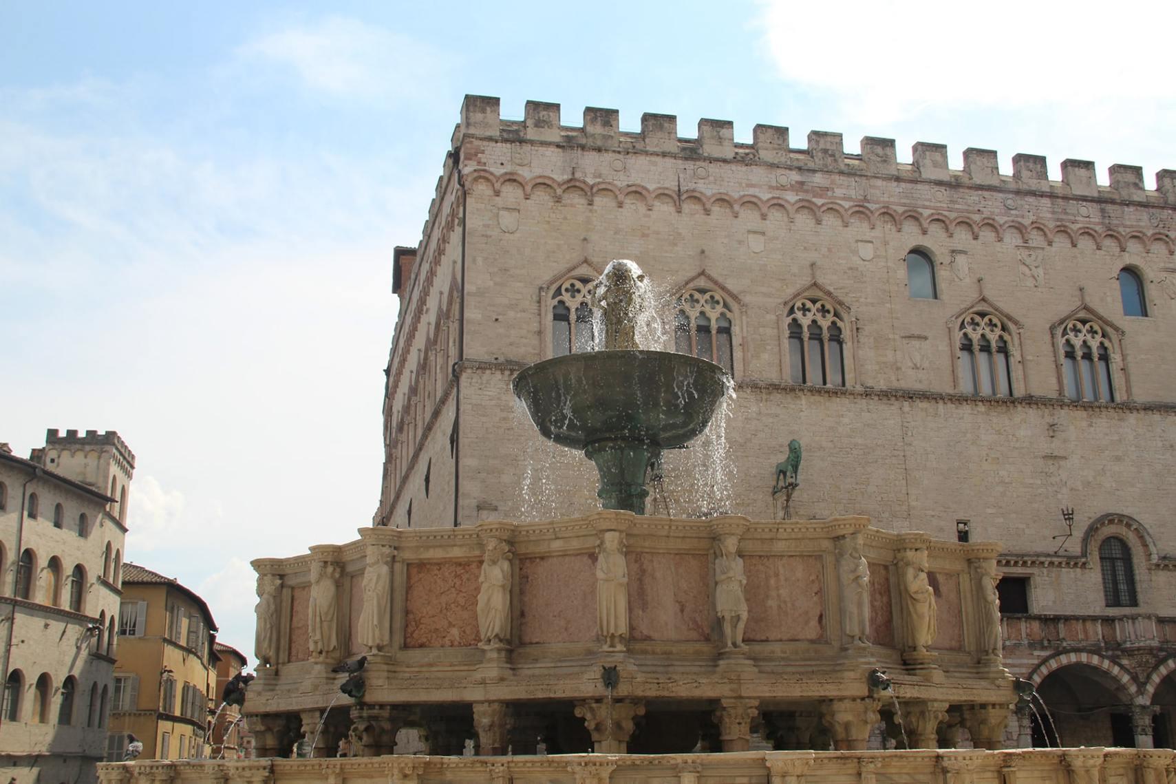 Fontana maggiore and Palazzo dei Priori Perugia
