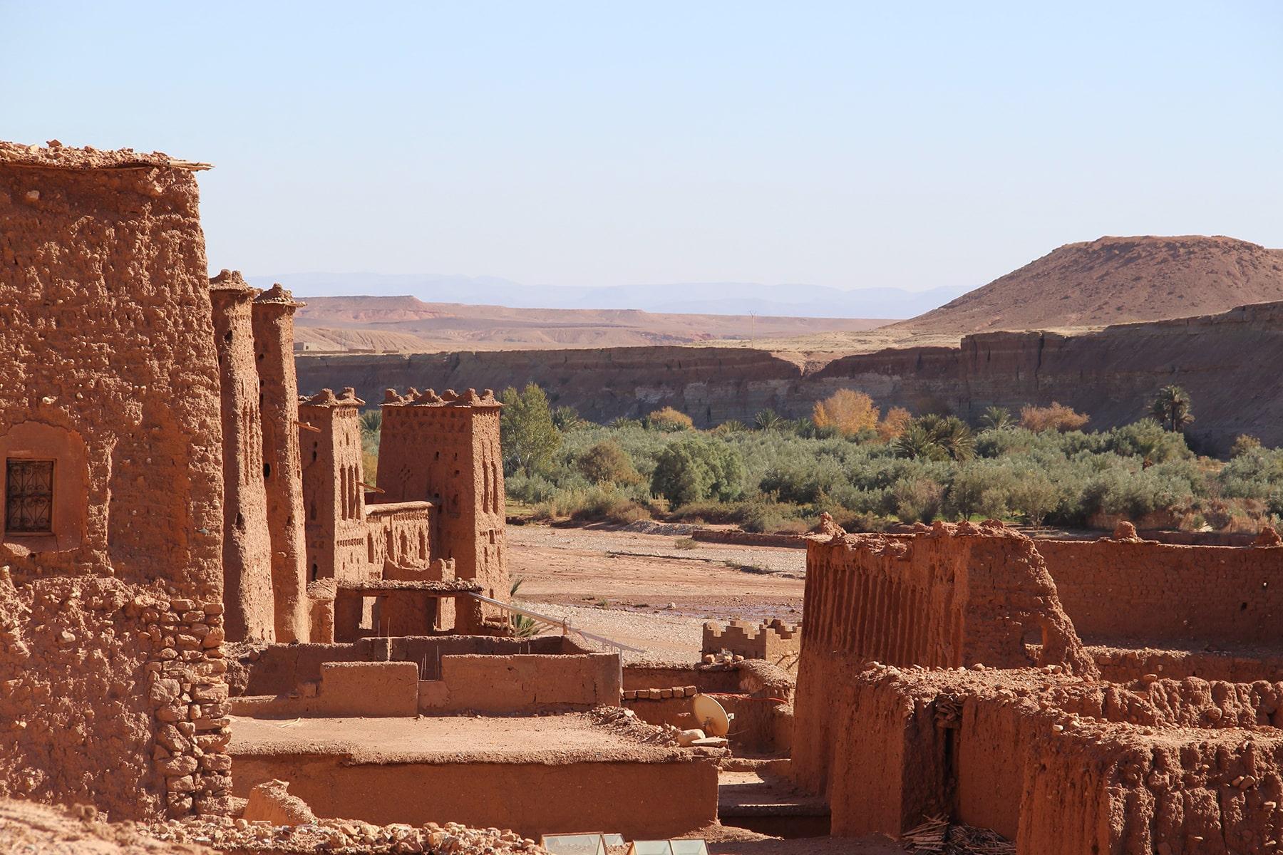 Vista sulla kasbah di Ait Benhaddou kasbah e la vallata