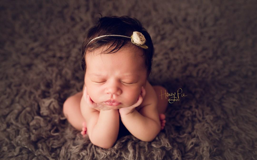 Brighton maternity photography simone 35 40 pregnant suki 10 days old