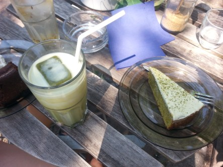 Green tea sponge cake with iced green tea latte