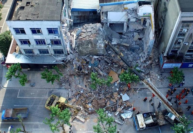 Hangzhou building collapse
