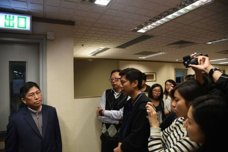 Chief Editor Chong Tien Siong questioned by staff.